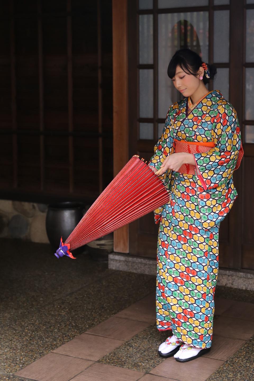 和傘を たたむ
